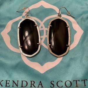 Kendra Scott Danielle earring